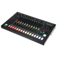 Roland : TR-8S