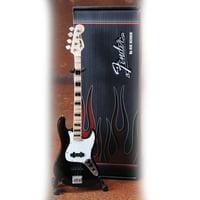 Axe Heaven : Fender Jazz Bass Black
