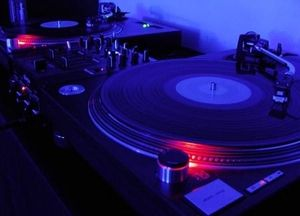 classic two turntables