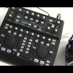 Behringer BCD-3000 B-Control Deejay