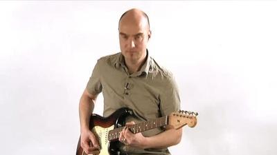 Fender Road Worn 60 Stratocaster E-Gitarre