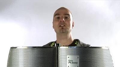 the t.bone Micscreen Portabler Absorber- und Diffusor